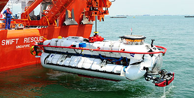 395x200_thumbnail_submarine rescue.jpg